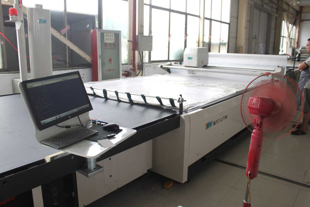automatic cutting table 2