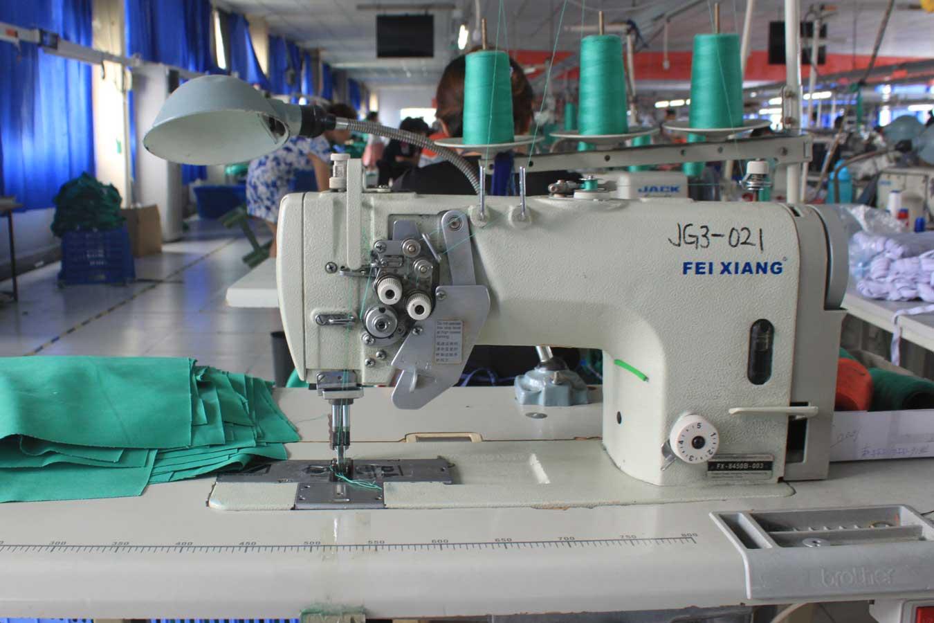 double needle flat sewing machine